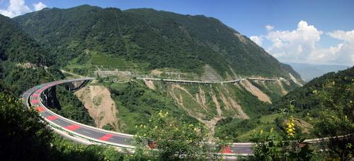 云南高速公路的使命和性格