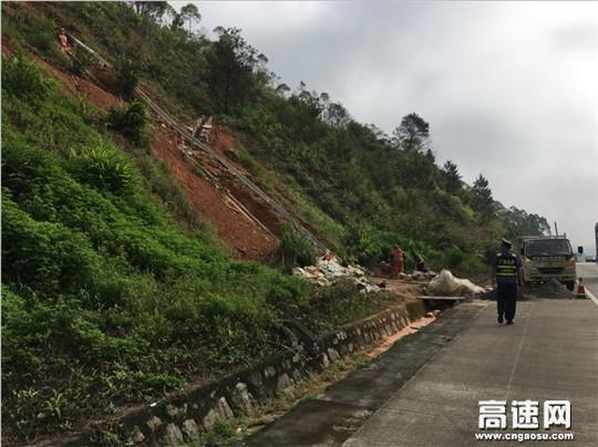 【理事资讯】广西:岑梧路政大队加强夏季涉路施工安全监管