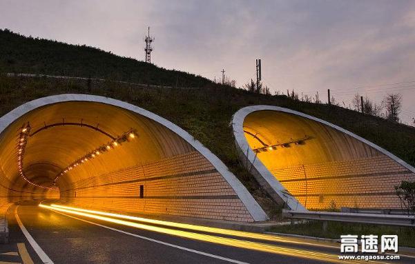 张石高速云蒙山2号隧道防火涂料通过消防3c认证 正规厂家