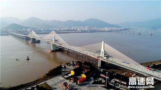 中交一公局二公司104国道瓯江大桥左幅贯通
