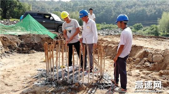 江西安福县S438公路改建工程开展桩基检查