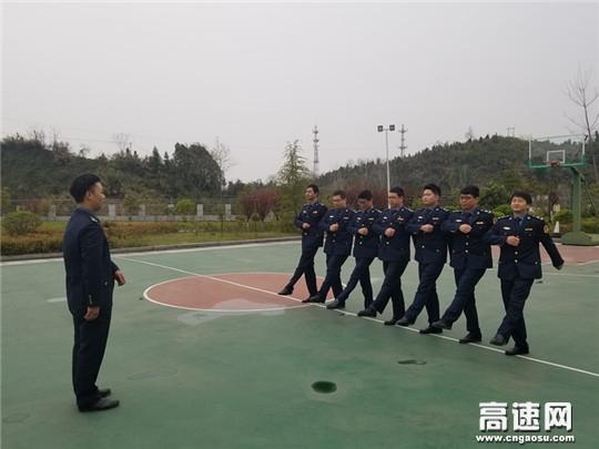 湖北高速路政武黄支队第三大队开展执法技能比武竞赛活动