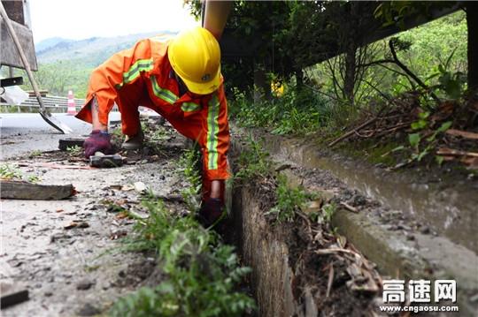 浙江:台金项目部全面做好五一道路安全保畅工作
