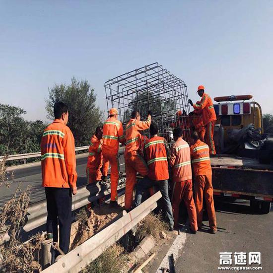 山西:大盂路产维护站率先完成ETC门架基础的 首件浇筑工作