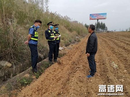广西高速公路发展中心玉林分中心路企联合走访种植户