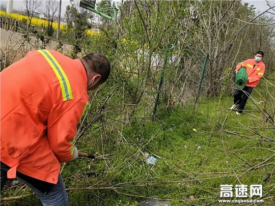 湖北高速汉十路政扎实做好复工复产交通保障准备工作