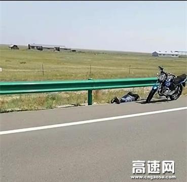 内蒙古阿拉坦额莫勒公路养护管理所全力保障道路安全畅通