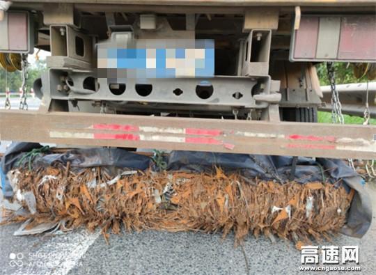 """浙江顺畅养护公司创新自制""""吸铁神器""""高效保洁保司乘行车安全"""
