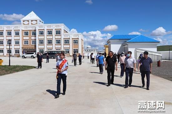 内蒙古公投呼伦贝尔分公司拉练检查系列报道-收费所篇(二)