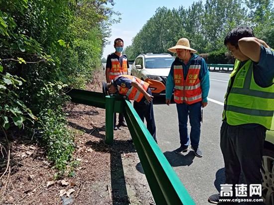 """湖北高速汉十支队武荆第一大队开展道路安全隐患大排查""""回头看""""行动"""