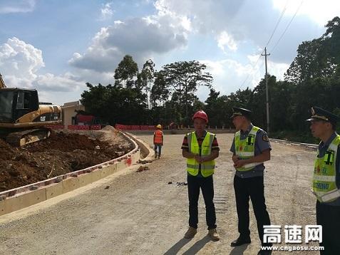 广西南宁高速公路武鸣路政执法大队持续强化涉路 施工监管筑牢安全生产防线