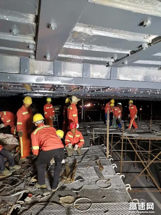 湖南长沙长永高速K745+810黄花互通匝道桥 维修工程如期顺利完工