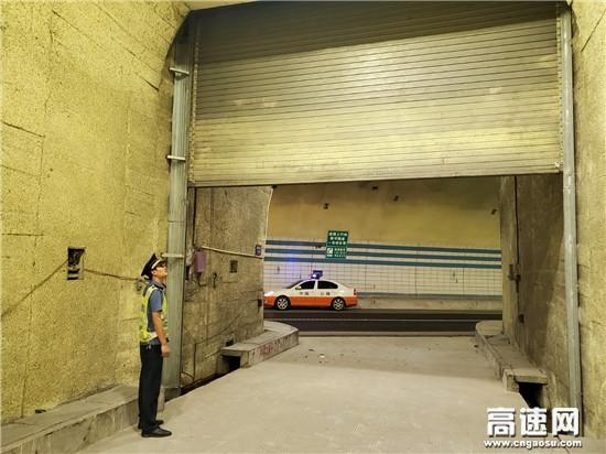 广西高速公路发展中心百色分中心平果路政执法二大队开展夜间隐患排查行动