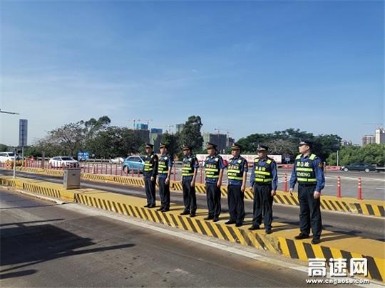 广西玉林高速公路分中心合浦路政大队联合地方交通局开展治超整治工作