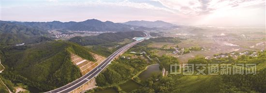 连续7年位居全国第一 广东高速公路总里程突破1万公里