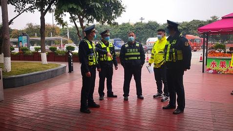 广西高速公路发展中心南宁分中心武鸣路政执法大队开展岁末年初联合检查活动
