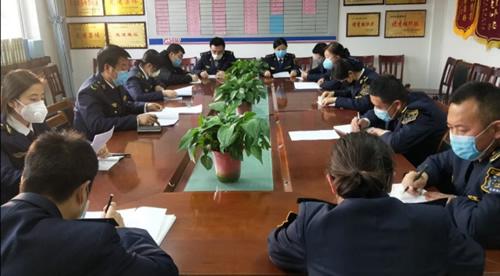 甘肃:泾川所白水收费站组织开展业务知识专题培训
