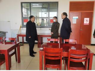 河北:交发集团领导春节前夕深入孟村西收费站慰问一线干部职工