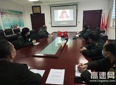 河北沧廊(京沪)高速木门店收费站 开展学雷锋活动