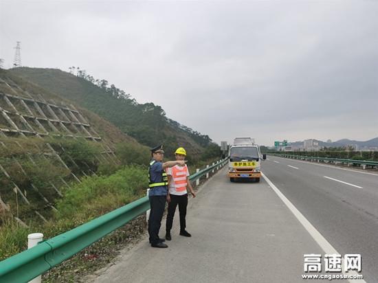 """广西玉林高速公路博白大队联合检查助力""""两会""""顺利召开"""