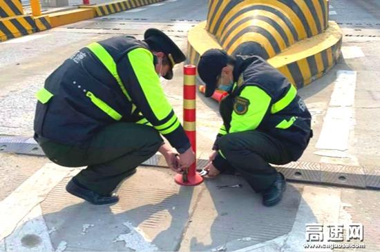 河北保沧公司河间党支部高凤提升服务 党员为先