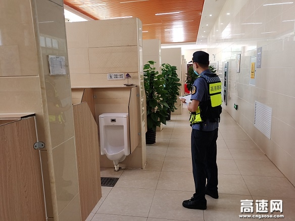 """广西南宁高速公路良庆路政一二大队积极推进""""中秋""""假期服务区疫情管控工作"""